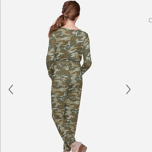 Sizes 6,7,8,14... Justice Girls/' Snuggly Soft Green Camo Long Sleeve Jumpsuit